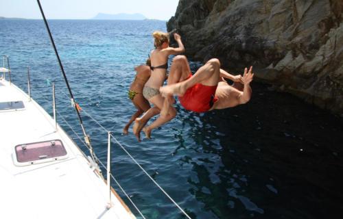 catamarano-que-vaja-bien-07-
