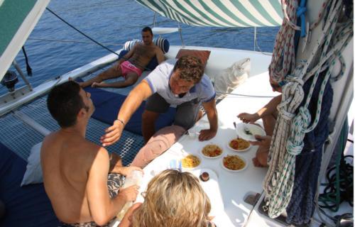 catamarano-que-vaja-bien-08-